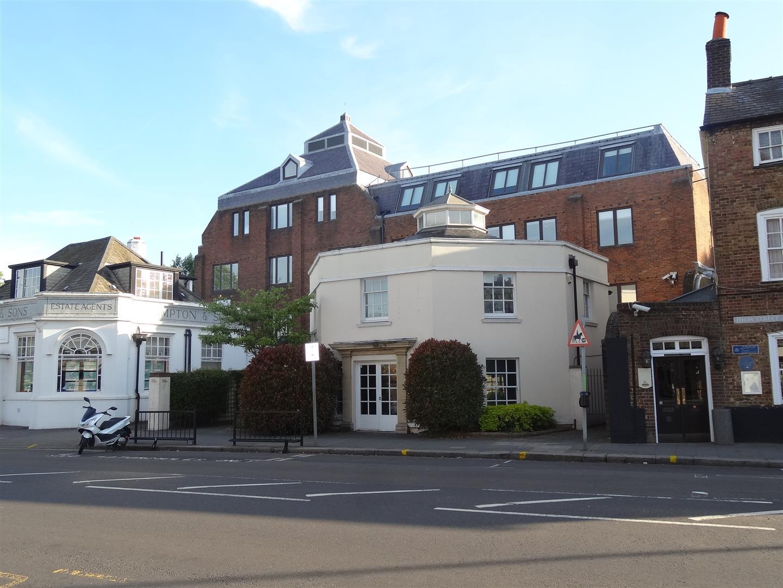 High Street, Wimbledon Village, London - Andrew Scott Robertson